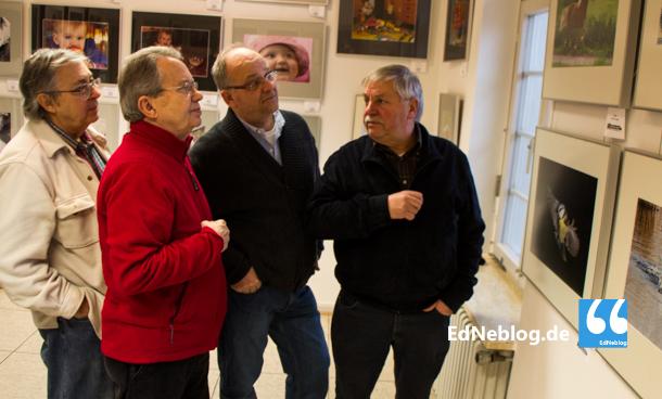 Leidenschaftliche Fotografen der Fotogruppe Edingen: Malcolm O. Carpenter, Hans D. Wirtz, Karl-Heinz Muche und Rainer Mudat (Leiter der Fotogruppe, von Links)