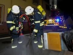 Geschirrspülmaschine fängt Feuer