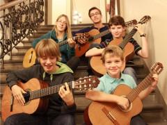 Junge Gitarristen erfolgreich